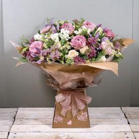 Signature Garden Rose &...